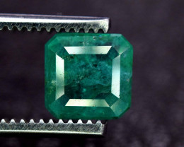 2.65 Carats Green Color Zambain Emerald Gemstone