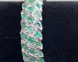 (21) Precious Nat 112tcw. Brazilian Emerald Bangle Untreated