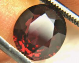 4.65 Carat Red African VVS Rhodolite Garnet - Gorgeous
