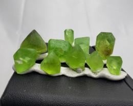 Peridot crystal 81.90  cts 10 pcs