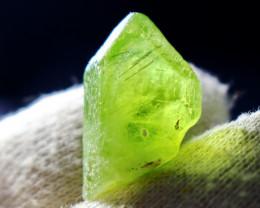 26 CT Natural & Unheated Green Peridot Crystal Rough