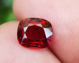 NO TREAT 1.37 CTS NATURAL STUNNING VIVID RED SPINEL FROM BURMA