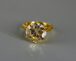 5.25ct Q-R VS 1 Diamond, Tinted Cape