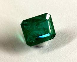 8.10 ct. Emerald *Collector Piece*