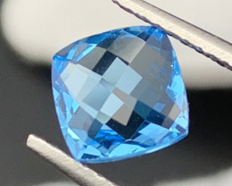 """NR""2.95 Carats!! Top Quality Natural Topaz Master Cut"