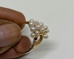 (15) Superb $1000 Nat Multi Natural Pearl Ring 10K YG 2.9gr