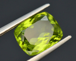 2.90 Ct Untreated Green Peridot T