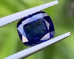 1.85 Carats Sapphire Gemstones