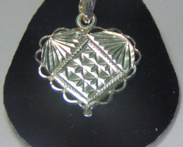 solid silver designs ~Heart pendent ~  13.30cts