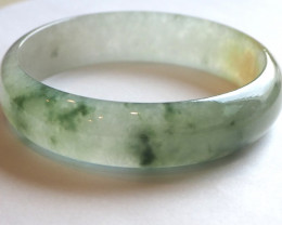 High quality glassy two tones jade bangle