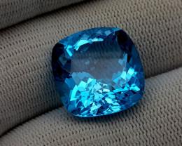 28CT BLUE TOPAZ BEST QUALITY GEMSTONE IIGC77