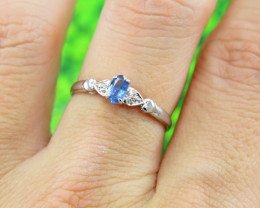 Natural Blue Sapphire 925 Sterling Silver Ring Size 6 (SSR0618) )