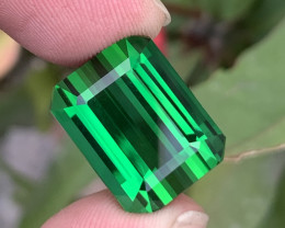 29.55 Carats Leaf Green loupe Clean  Tourmaline Gemstone From Afghanistan