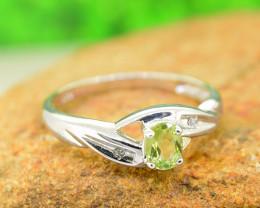 Natural Peridot 925 Sterling Silver Ring (SSR0638 )
