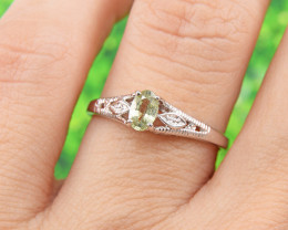 Natural Green Sapphire  925 Sterling Silver Ring (SSR0639)