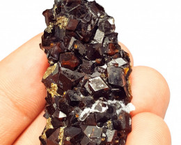 Amazing Damage free Garnet cluster have very good luster 185 Cts-P