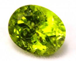 Peridot 4.26Ct Natural Pakistan Himalayan Green Peridot D0106
