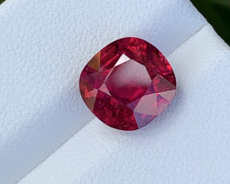 3.94 Carats Natural Color Rubellite Tourmaline Gemstone
