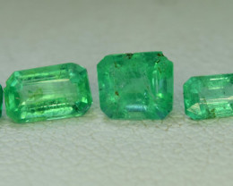 No Reserve - 1.30 Carat Lot of Panjsher Emerald Gemstones