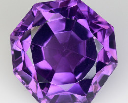 8.62 Ct  Natural Amethyst Top Cutting Top Quality Gemstone. AT 60
