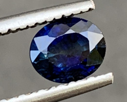 0.86 Carats Sapphire Gemstones