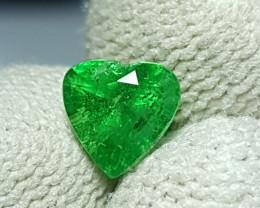 UNHEATED 1.20 CTS NATURAL BEAUTIFUL HEART MIX GREEN TSAVORITE GARNET KENYA