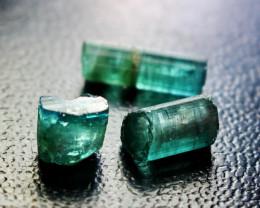 11.10 CT Natural & Unheated Green Tourmaline Crystal Rough lot