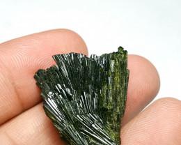 Amazing Damage free Flower tree shape Epidote crystal 50Cts-P