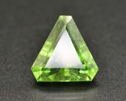 7.05 CT Natural Beautiful Rutile Peridot Gemstone
