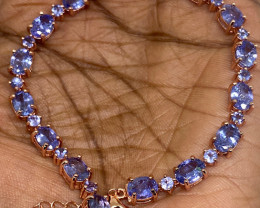 (18) Wonderous Nat 66.74tcw. Top Nice Violet Blue Tanzanite  Bracelet