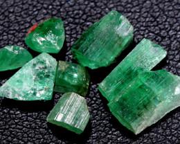 3.77- CTS Emerald Rough  Parcel RG-4890