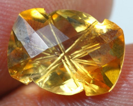 5.30cts  Gold Yellow Citrine Fancy Carving Gemstone