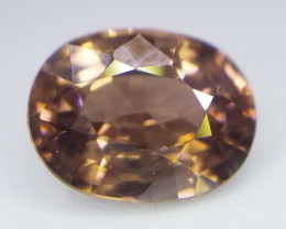 Zirkon, 2.35ct, braun bis goldbraun, bestehende Farbe, exzellenter Stein!!