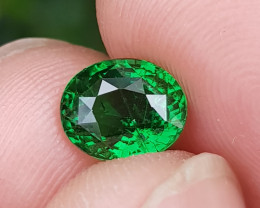 CERTIFIED GOOD QUALITY 1.67 CTS NATURAL STUNNING VIVID GREEN TSAVORITE GARN