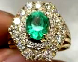 GIA Certified 2.01 ct High-End Colombian Emerald Diamonds Ring