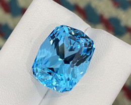 Stunning 18.70 Ct Natural Blue Topaz Gemstone