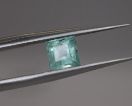 #1077  0.76CT NO OIL NATURAL EARTH MINED TOP LUSTER EMERALD GEMSTONE
