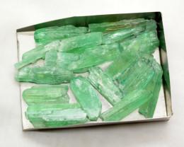 325 CT  Green Kunzite Crystals @Afghanistan