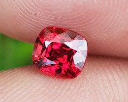 NO TREAT 1.02 CTS NATURAL GORGEOUS GLOWING RED SPINEL FROM BURMA