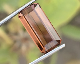 4.40 carats colour Tourmaline Gemstone