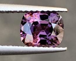 1.32 Carats Spinel Gemstones