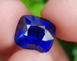 TOP ROYAL BLUE COLOR 5.83 CTS NATURAL STUNNING SAPPHIRE FROM SRI LANKA