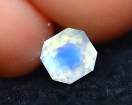 Moonstone 0.80Ct Top AAA Sri Lanka Rainbow Blue Moonstone E2922