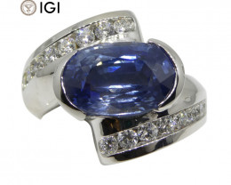 Fine Quality 5.39 ct Blue Sapphire & Diamond Ring in 18kt White Gold