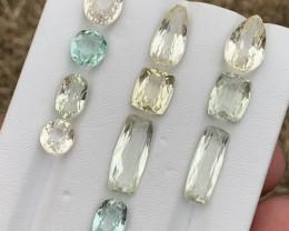 44 carats spodumene Gemstones parcel