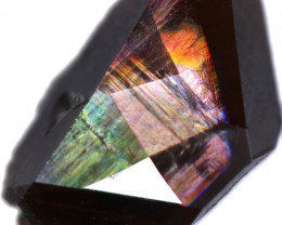 2.54 CTS RAINBOW GARNET JAPAN-FACETED [S-SAFE343]