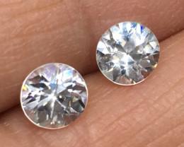 2.6 Carat VVS Zircon - Diamond White Color Beautiful Flash !