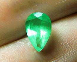2.68 ct Beautiful Colombian Emerald Certified!