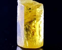 7.30 CT Natural & Unheated Yellow Beryl Crystal
