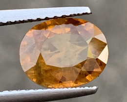 2.43 Carats Yellow Sapphire Gemstones